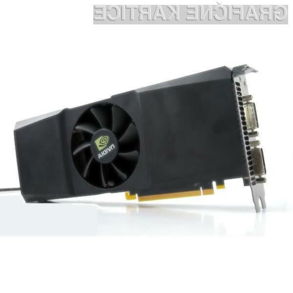 Prenovljena GeForce GTX 295 je nekoliko bolj kompaktna od njene predhodnice.