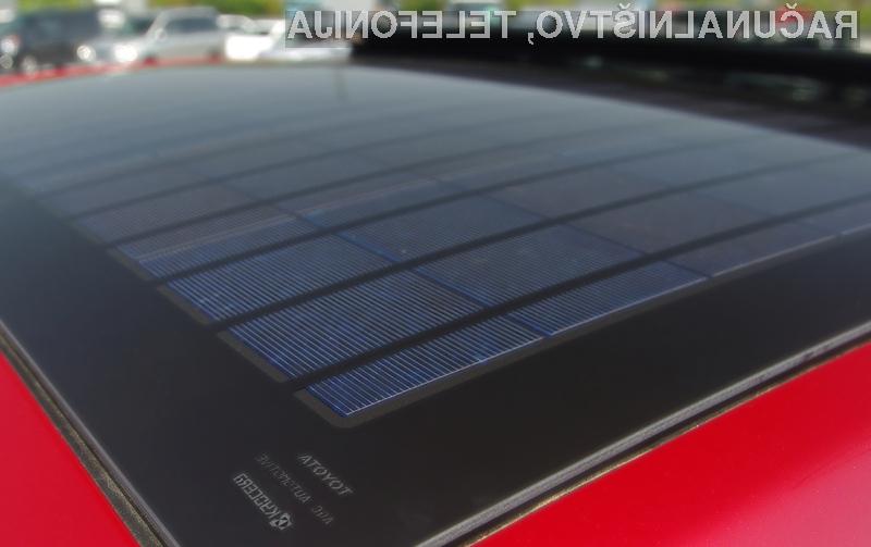 Kyocerini solarni moduli za novo Toyoto Prius.