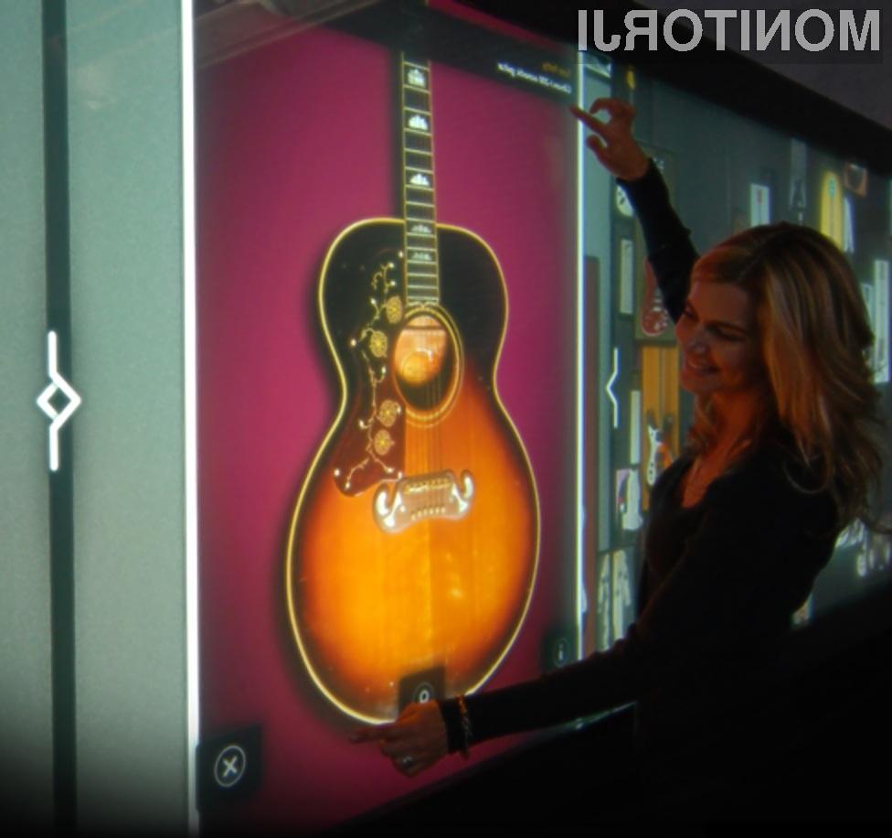 Največji na dotik občutljiv zaslon je navdušil številne goste lokala Hard Rock Cafe!