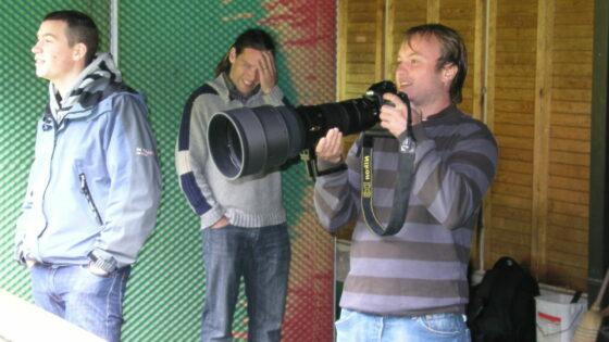 V hitrostnem streljanju z Nikon D3s, smo se pomerili tudi novinarji.