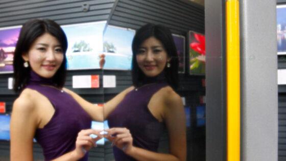 Kompaktni visokoločljivi televizor Samsung v ničemer ne zaostaja za konkurenčnimi izdelki!