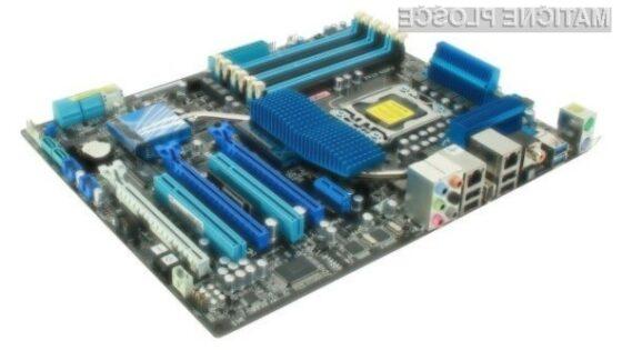 Osnovna plošča Asus P6X58D je pisana na kožo tudi najzahtevnejšim računalničarjem.