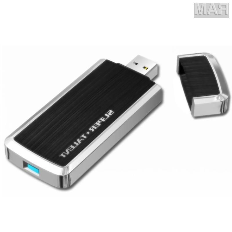Super Talent bo prvo podjetje, ki bo ponudilo v prodajo pomnilniški ključ z vmesnikom USB 3.0.