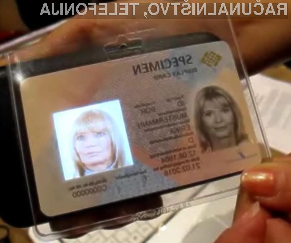 Uporaba miniaturnega zaslona naj bi občutno otežila ponarejanje osebnih dokumentov s tehnologijo RFID.
