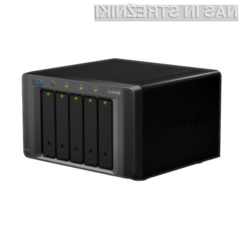 DiskStation DS1010+ je lahko opremljen s petimi diski, ki jih je mogoče z izdelkom Synology DX510 razširiti na deset in s tem povečati skupno zmogljivost na 20 TB.