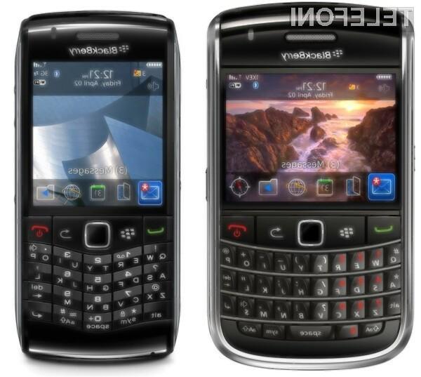 BlackBerry Bold 9650 in BlackBerry Pearl 3G.