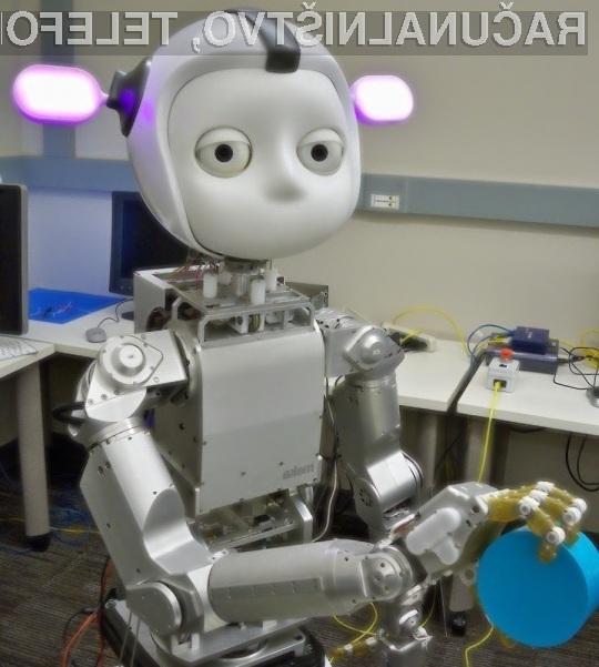 Robot Simon se lahko nauči tudi zahtevnejših nalog!