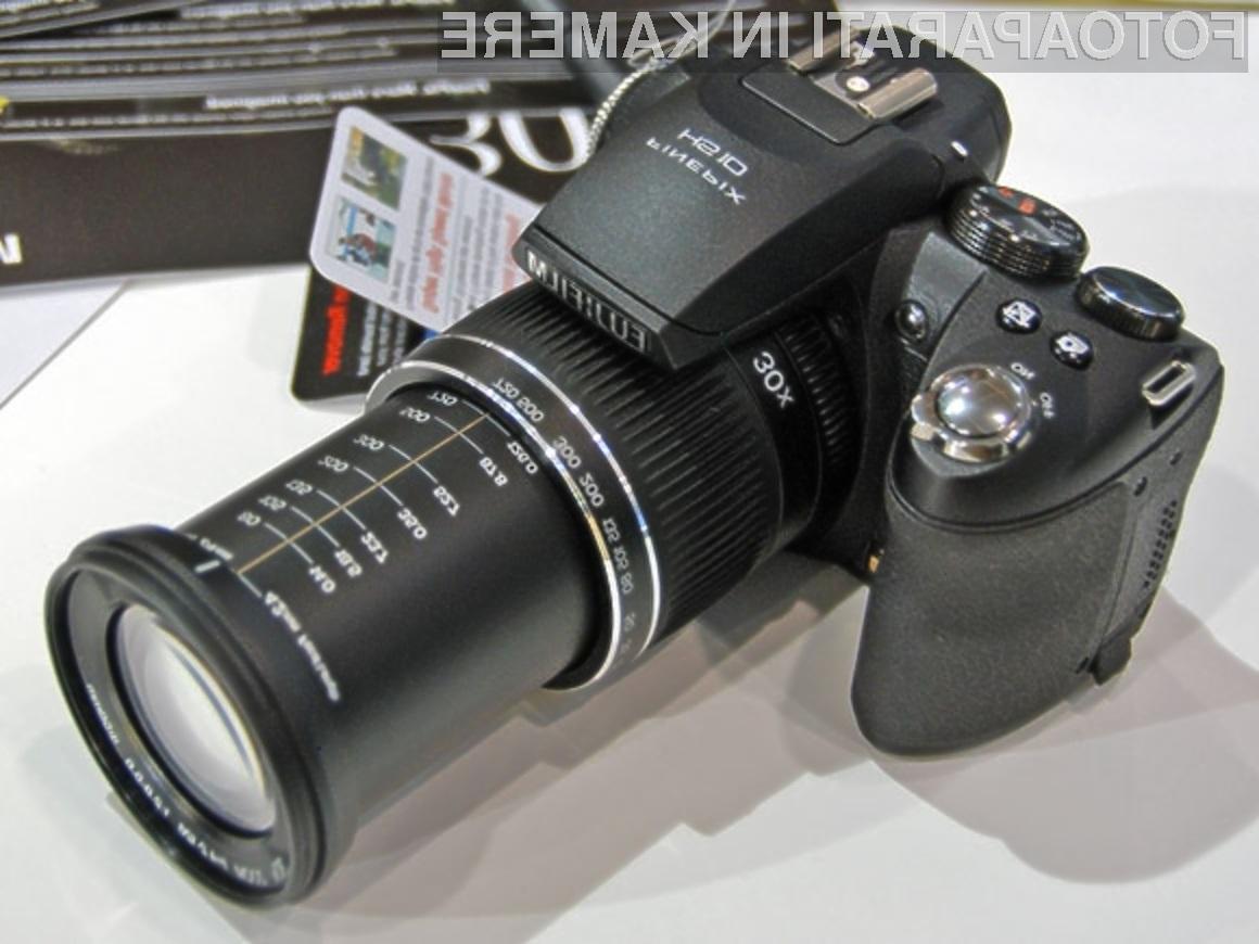 Digitalni fotoaparat Fujifilm FinePix HS10 je kot nalašč za paparace!