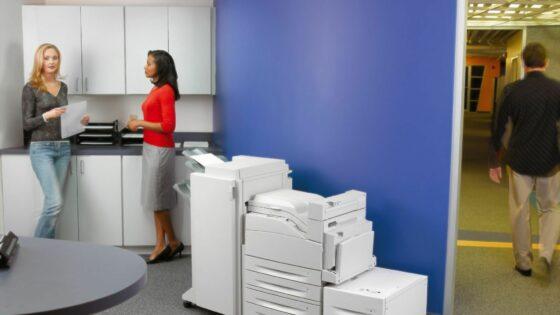 Veliko sivih las podjetnikom povzročajo občasne napake pri delovanju tiskalnikov, predvsem različne zagozde papirja.
