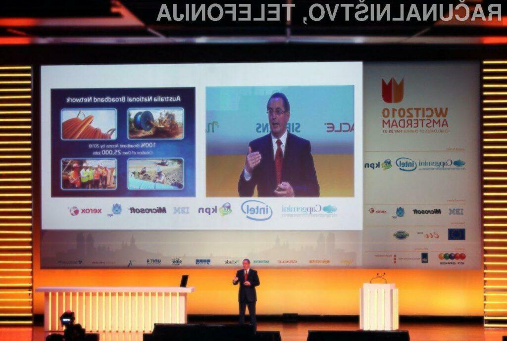 Paul Otellini, izvršni direktor podjetja Intel Corporation, je predstavil natečaj Intel Challenge 2010, s katerim želi podjetje pritegniti najboljše zamisli s področij raziskav in tehnologij ter spodbujati nova podjetja.