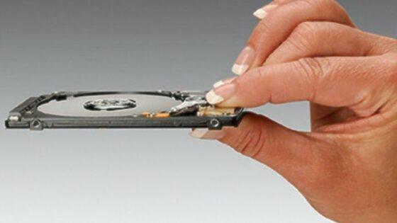 Novi trdi diski podjetja Hitachi so pisani na kožo kompaktnim prenosnim računalnikom.