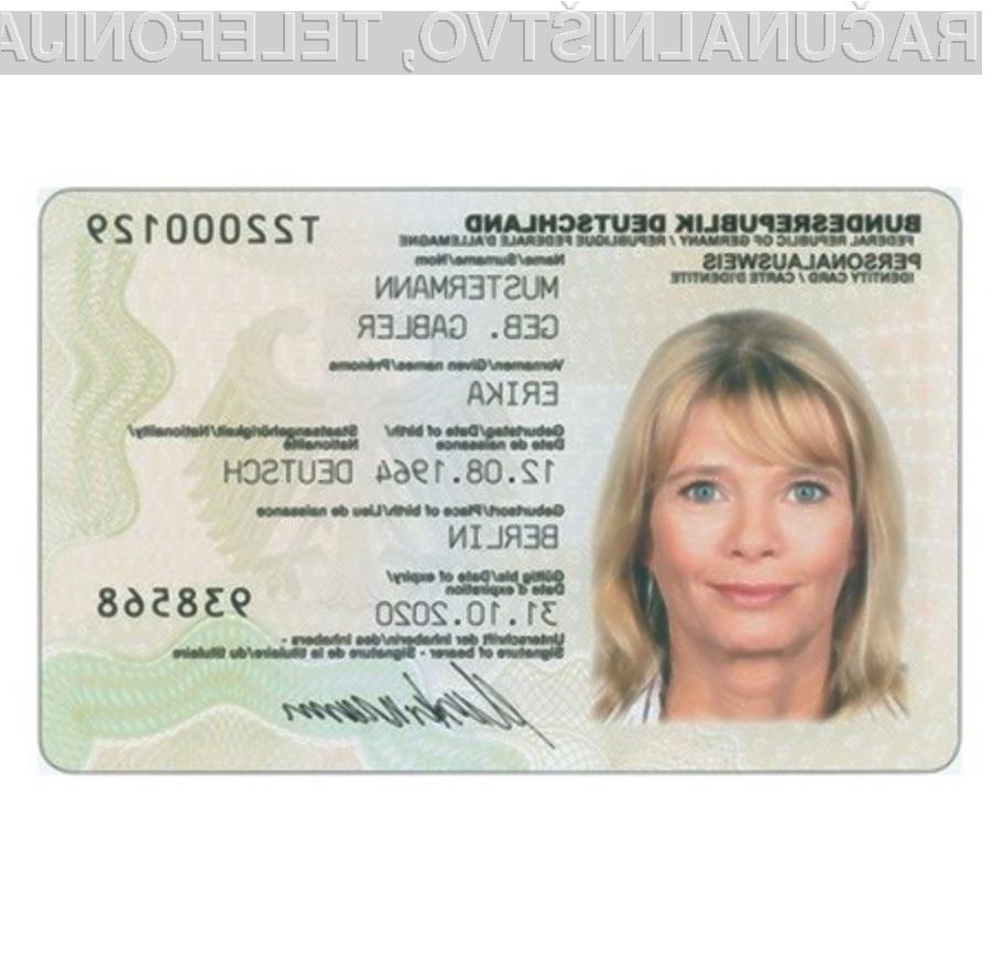 Uporaba lastniškega in zaprtega protokola naj bi otežila ponarejanje osebnih izkaznic s tehnologijo RFID.