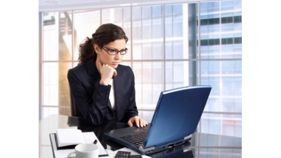 Več o gradivu Elektronsko poslovanje si lahko preberete na tej povezavi: http://www.dashofer.si/?product=ONGEP.