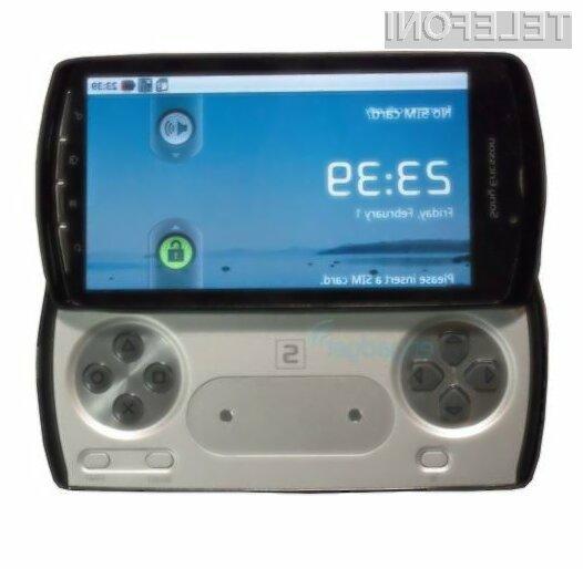 Prve (precej neuradne) slike dolgo pričakovanega PlayStation mobilnega telefona