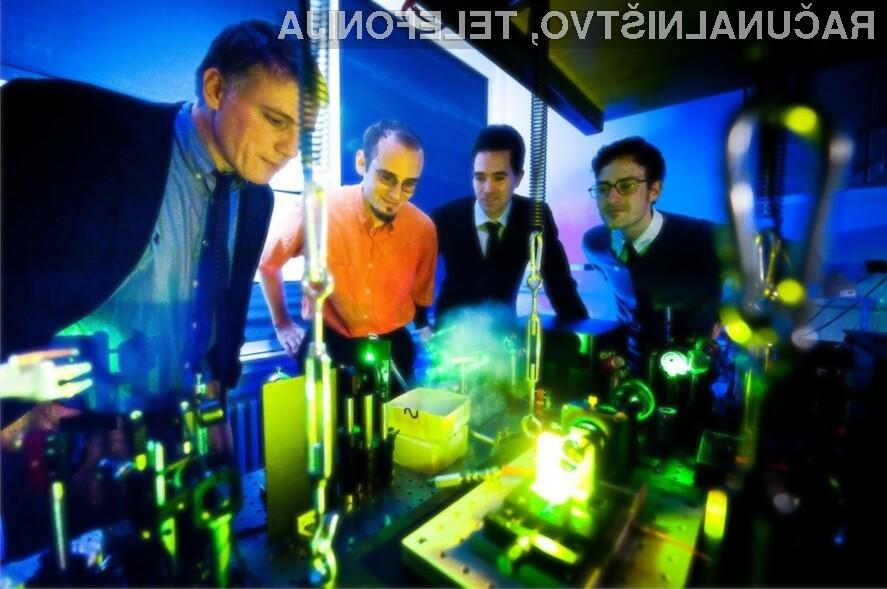 Fotonski Bose-Einsteinov kondenzat je čisto nov vir svetlobe, ki ima lastnosti podobne laserju.