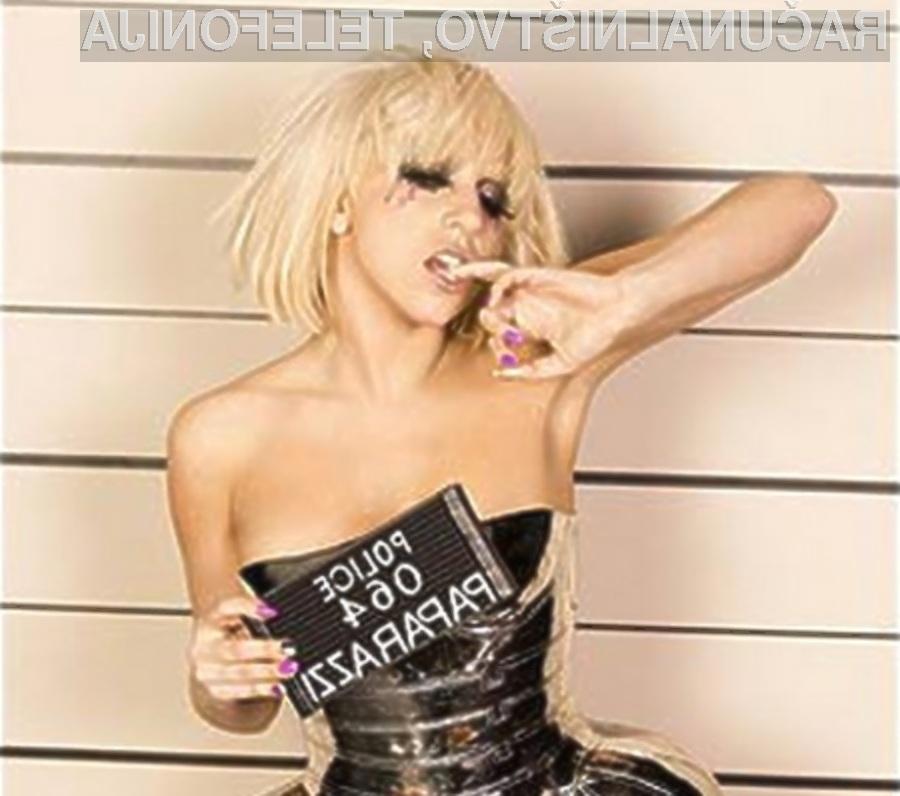 Kontroverzna pevka Lady Gaga se je tokrat izkazala v dobrodelnosti.