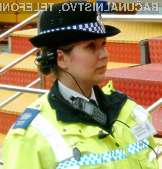 Britanska policija bo odslej kriminalce preganjala celo na socialnih omrežjih.