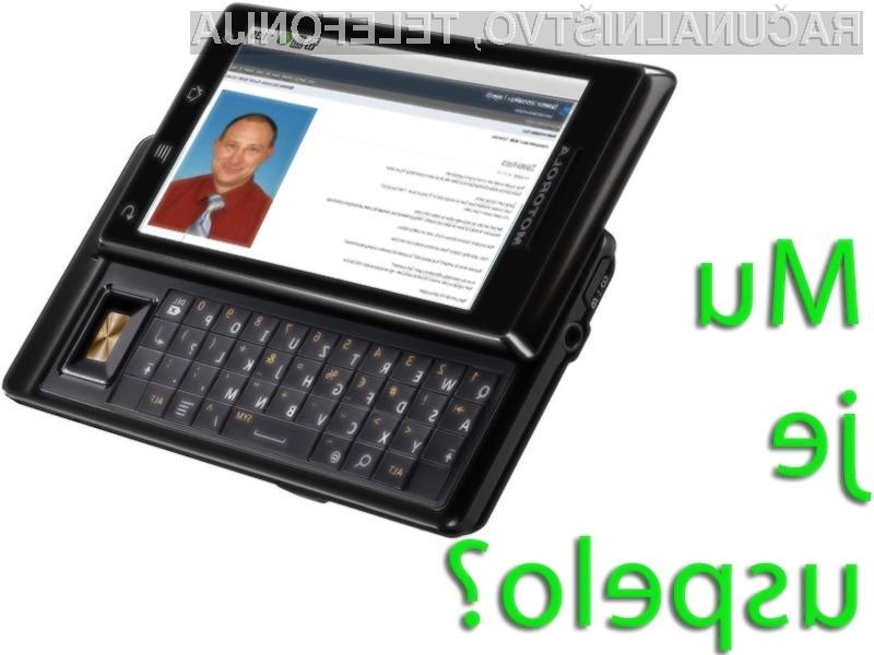 Borut Španovič je s pomočjo mobilnega telefona teden dni vodil kar tri podjetja. Mu je uspelo?