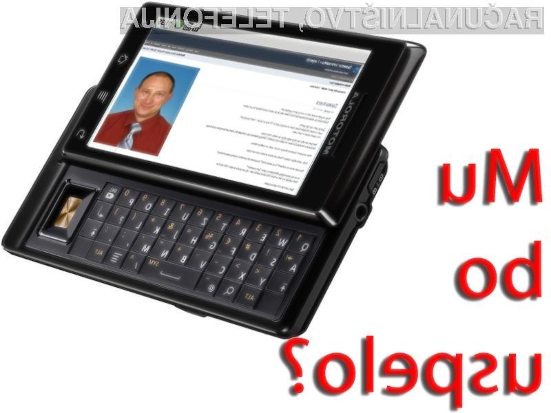 Borut Španovič bo s pomočjo mobilnega telefona teden dni vodil kar tri podjetja. Mu bo uspelo? Spremljajte njegov blog...
