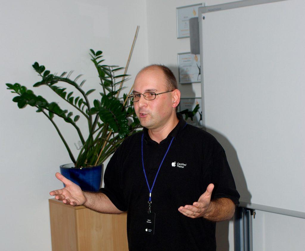 Apple predavatelj, AATC, izobraževanje