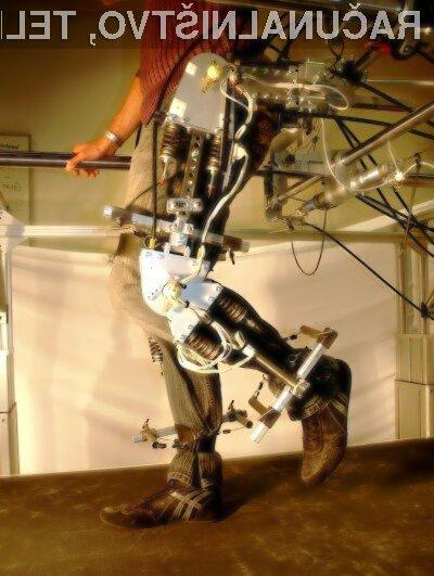 Robotski exoskeleton namenjen rehabilitaciji bolnikov, ki potrebujejo vadbo spodnjih okončin, bo po 10 letih razvoja končno na voljo v prosti prodaji.