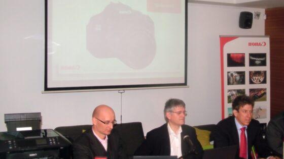 Danes so predstavniki Canon Adria, v kavarni Sputnik v Ljubljani, predstavili nekatere novosti na področju digitalnega zajema, pa tudi tiska fotografij.