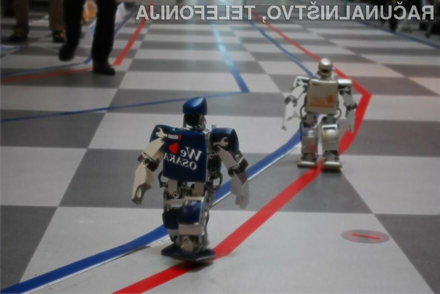 V japonskem mestu Osaka, poteka prvi maraton majhnih dvonožnoh robotov.