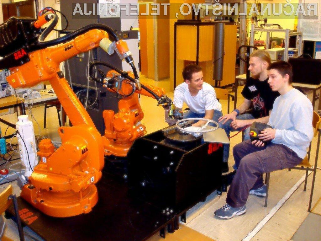 Se želite poigrati z roboti?