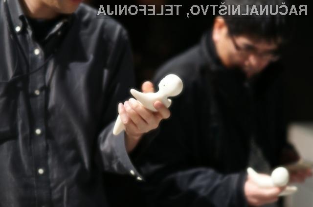Japonci ustvarili telefon v podobi človeka