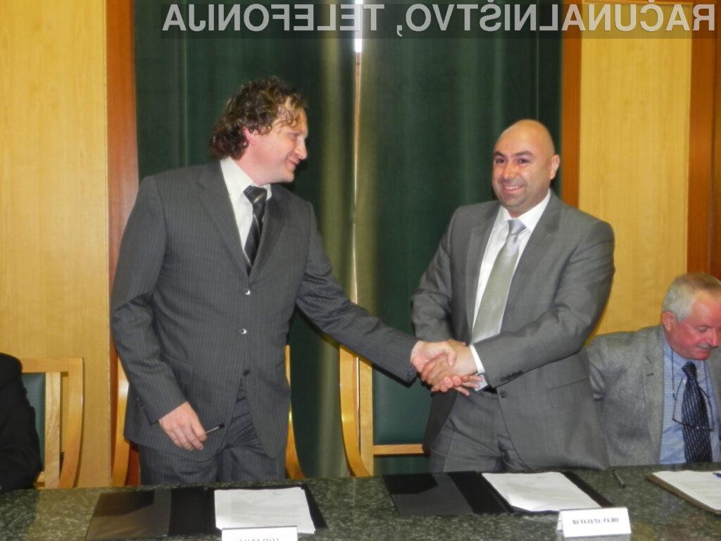Podpis pogodbe s turškim partnerjem
