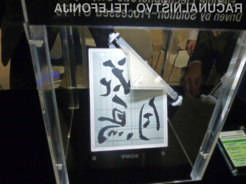 Upogljivi e-papir podjetja Sony je kot nalašč za pripravo oblikovno zanimivih e-bralnikov.