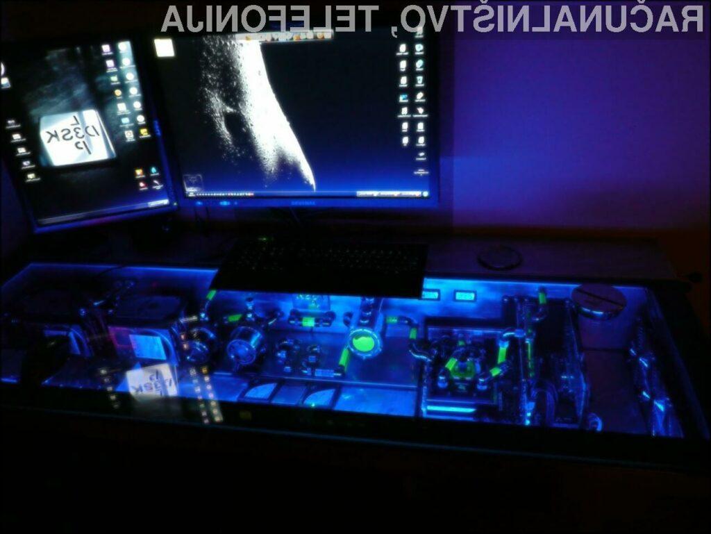 Zdaleč najzmogljivejši računalnik vse-v-enem je nastajal skoraj leto dni!