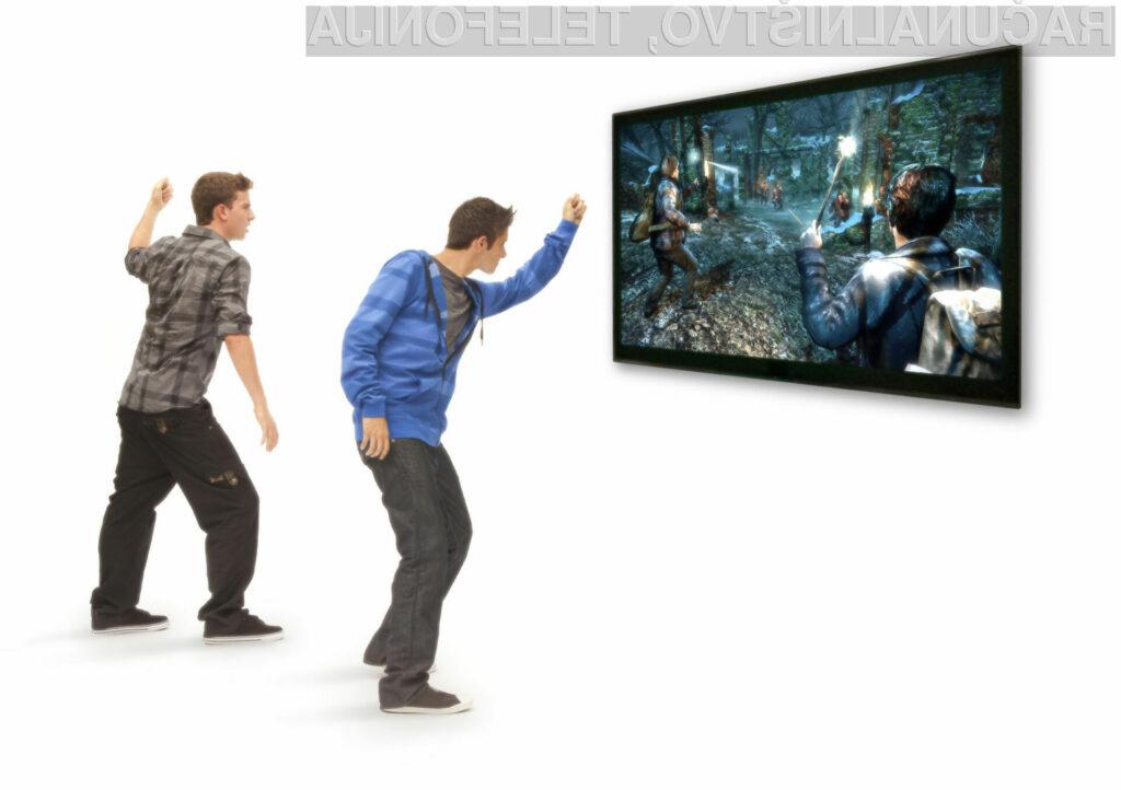 Kmalu po uradni izdaji Kinecta so se začeli pojavljati številni neuradni driverji, kateri so omogočili njegovo uporabo na standardnih osebnih računalnikih.