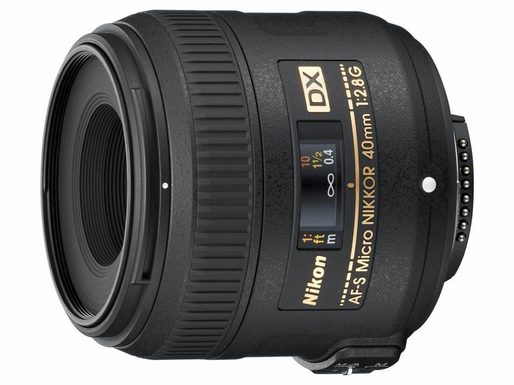 Novi Nikonov objektiv AF-S DX Micro NIKKOR 40 mm f/2,8 G – že po naravi radoveden