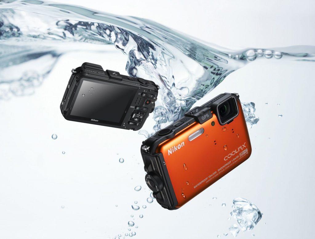COOLPIX AW100 je prvi Nikonov trpežni fotoaparat