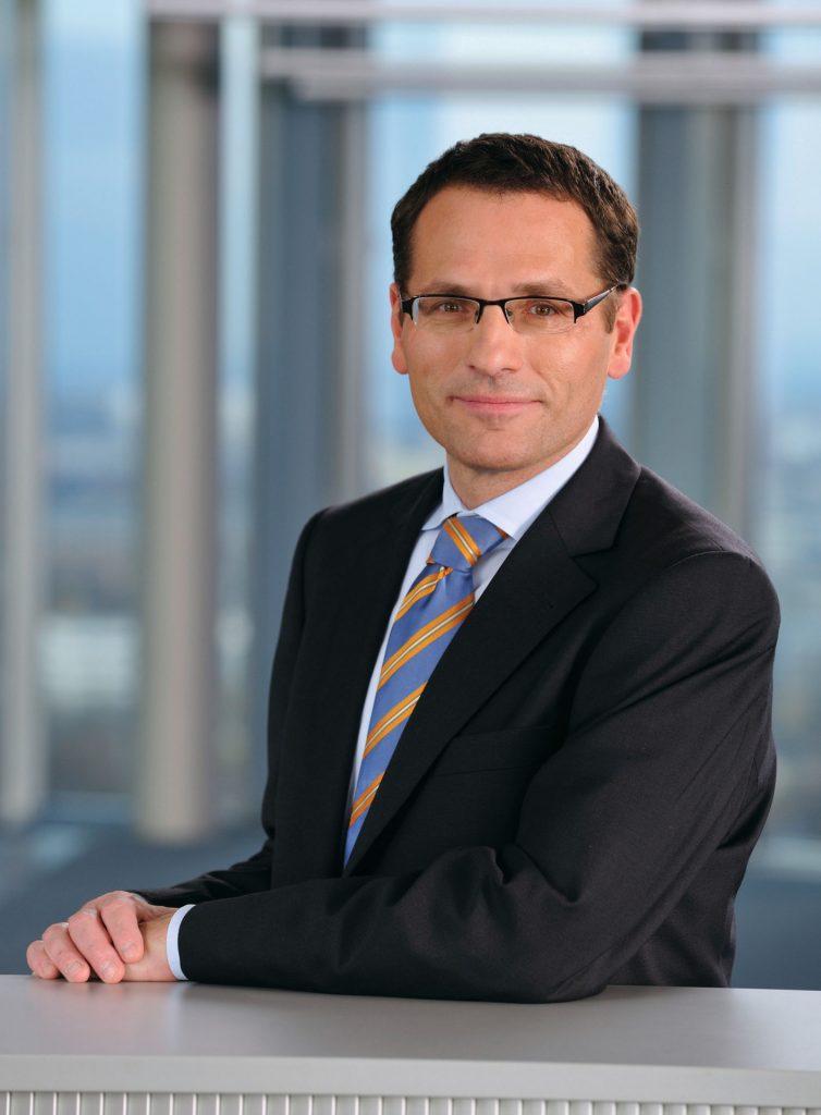 Benno Zoller, glavni informacijski vodja pri Fujitsu Technology Solutions o usodi elektronske pošte