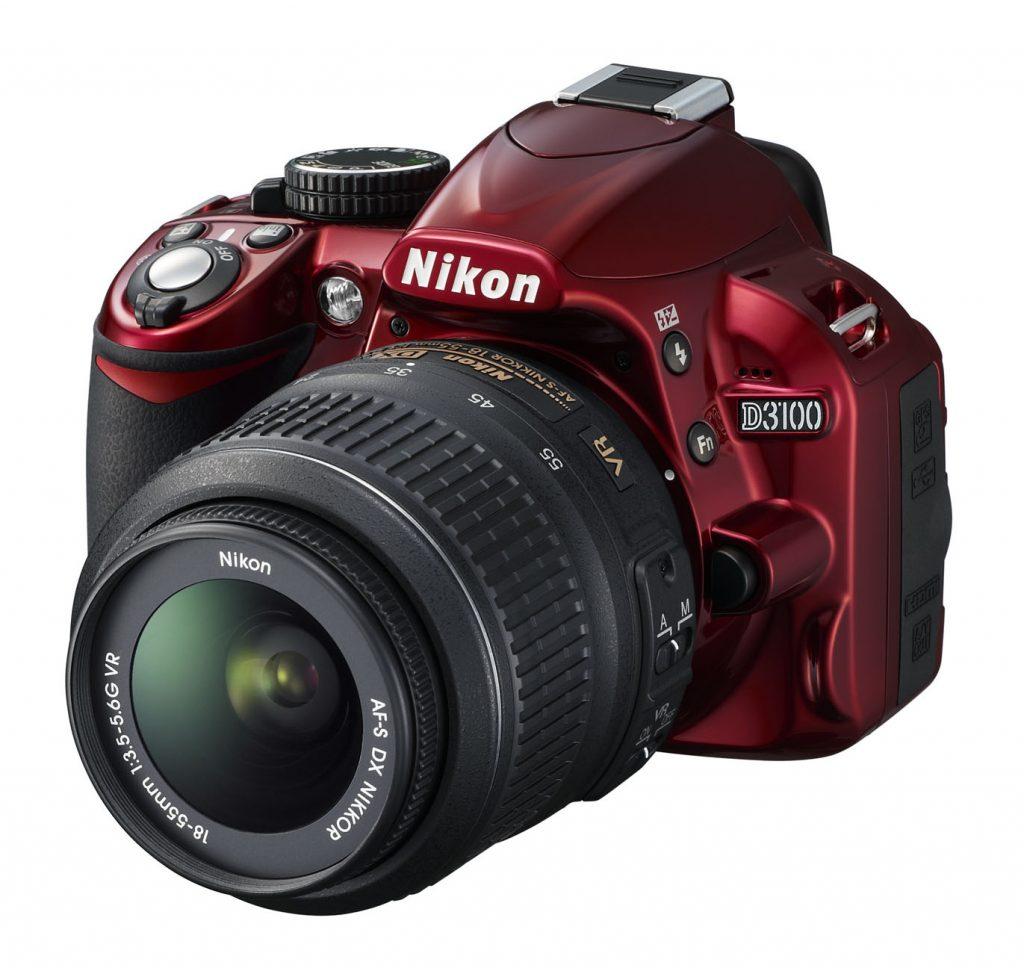 D3100 - prvi Nikon DSLR v rdeči barvi