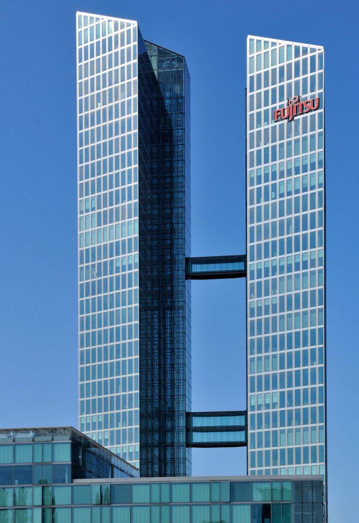 Fujitsu je bil ocenjen kot vodilen ponudnik na področju zunanjega izvajanja storitev »Desktop« in »Help Desk«