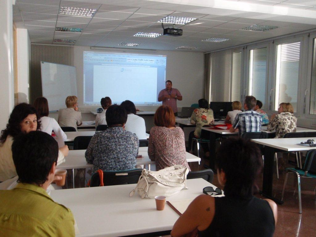 Porast obiska seminarjev potrjuje, da se SAOP-jevi uporabniki tudi v kriznih časih zavedajo pomembnosti izobraževanja.