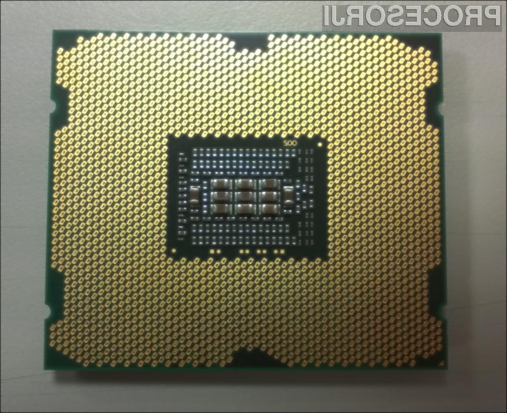 Intelovi najzmogljivejši procesorji, z razvojnim imenom Sandy Bridge E, bi se naj po najnovejših informacijah na trgu pojavili sredi novembra.