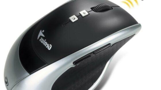 Namesto uporabe posebnih litij-ionskih baterij oziroma standardnih AA ali AAA baterij Geniusova miška za napajanje uporablja poseben kondenzator.