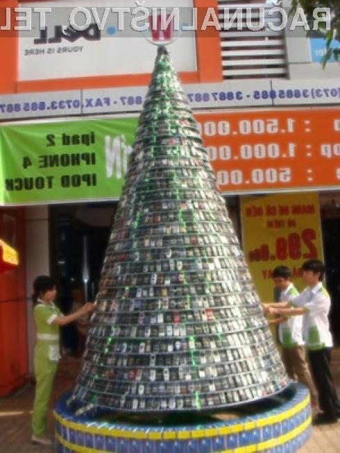 Božično drevo je nemškega porekla, priljubljenost le tega pa se je ob koncu 19. stoletja razširila po vsem svetu.