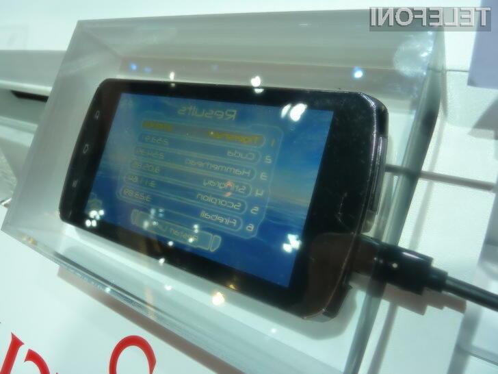 Fujitsov prototip pametnega telefona na Tegri 3