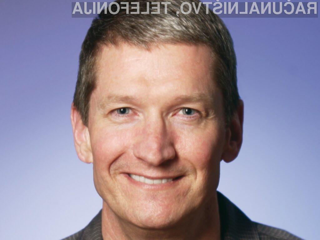 Tim Cook je mesto izvršnega direktorja pri Applu prevzel avgusta leta 2011.