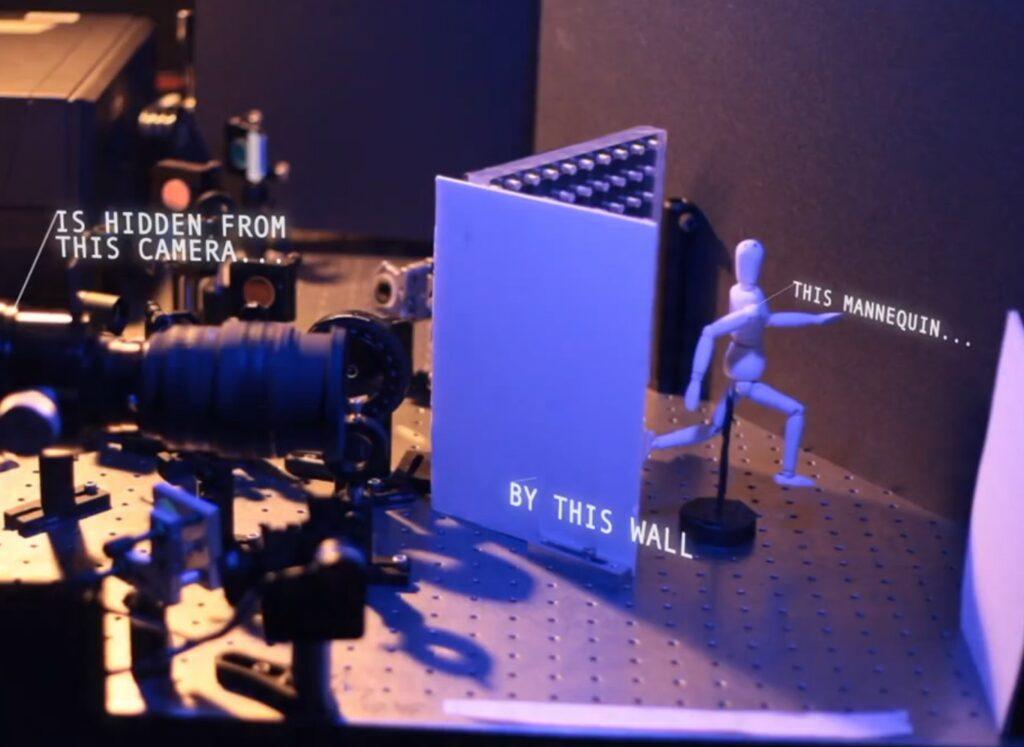 Fotoaparat za izdelavo fotografije uporablja femtosekundni laser in visokoločljivo slikovno tipalo.