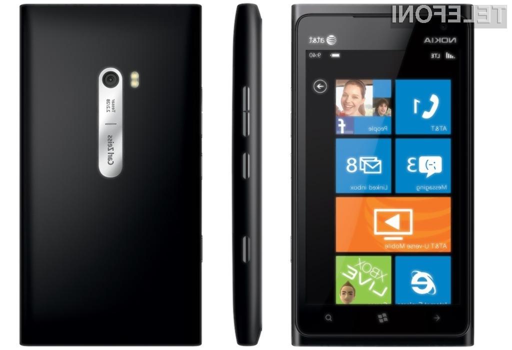"""Eden bolj """"vročih"""" Nokiinih mobilnikov z operacijskim sistemom Windows Phone ta hip je Lumia 900."""