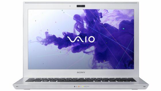 Sony je predstavil dva nova modela ultratankih prenosnikov, ki se ponašata z novo generacijo Intelovih procesorjev Ivy Bridge.