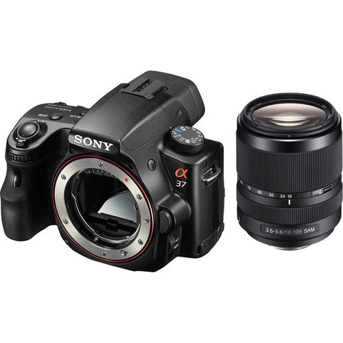 Hitro neprekinjeno fotografiranje v načinu Tele zoom - Snemanje hitrih prizorov do 7 sličic na sekundo (prioriteta samodejne osvetlitve) z neprekinjenim samodejnim ostrenjem in 1,4-kratni digitalni zoom za bližinske posnetke premikajočih predmetov