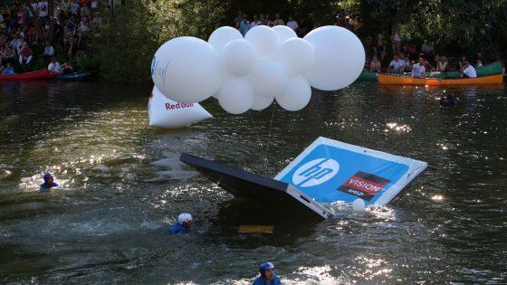 HP-jev prenosnik z AMD procesorjem končal v Ljubljanici