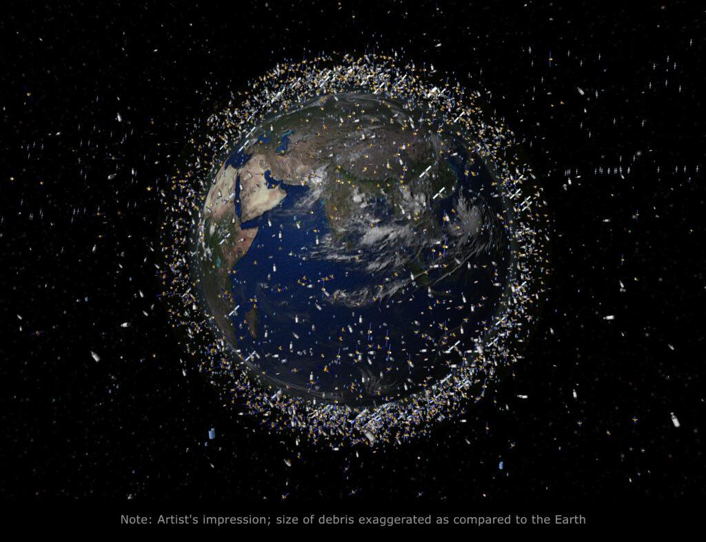 Vesoljski odpadki so v zadnjem času postali precej pereč problem.